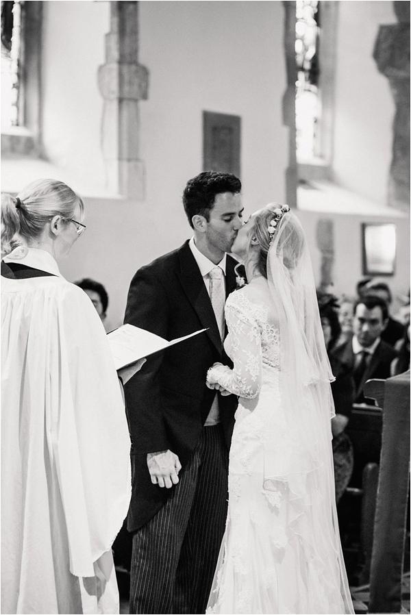 Fine Art Film Photographer English Countryside Weddings Faye Cornhill Photography_0036