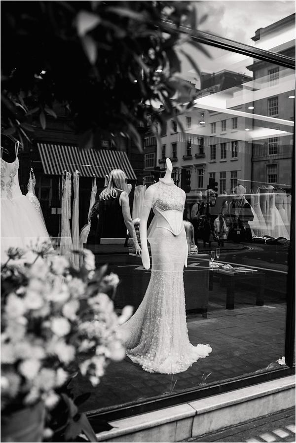Fine Art Film Photographer English Countryside Weddings Faye Cornhill Photography_0135