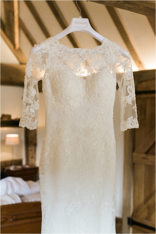 Annasul Y Lace Wedding gown - Cain Manor Wedding - Faye Cornhill Photography