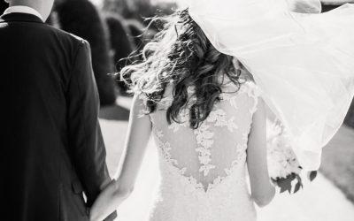 Great Fosters Weddings – Kim & Jason