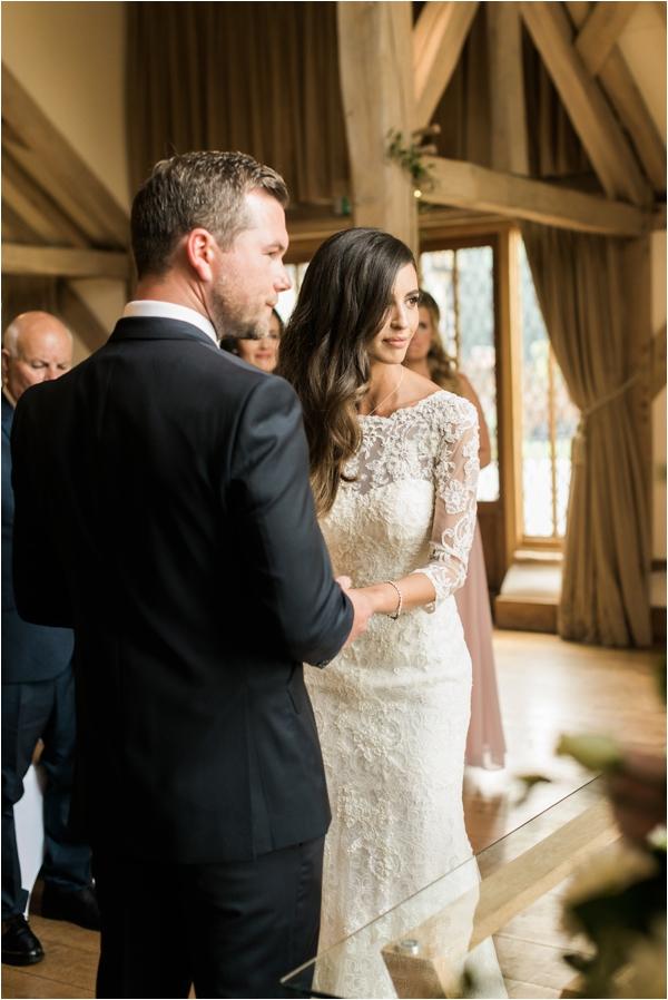 milling-barn-weddings-fine-art-wedding-photographer-faye-cornhill_0050